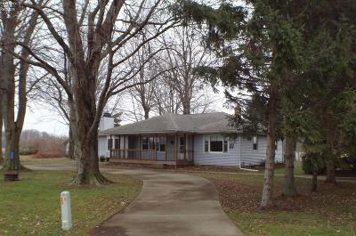 Huron Single Family Home For Sale: 2812 Cleveland #B