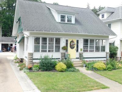 Norwalk Single Family Home For Sale: 6 Rosedale Boulevard