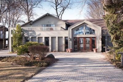 Sandusky Single Family Home For Sale: 1405 Cedar Point Road