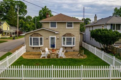 Marblehead Single Family Home For Sale: 9477 Park Row