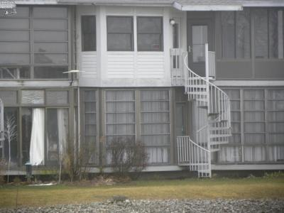 Oak Harbor Condo/Townhouse For Sale: 6410 Teal Bend Drive