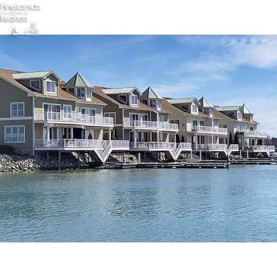 Condo/Townhouse For Sale: 2850 Nor Easter Cove #6