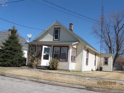Port Clinton Single Family Home For Sale: 215 Walnut Street