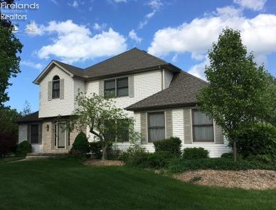 Huron OH Single Family Home For Sale: $274,900