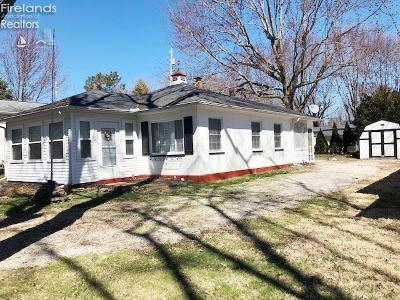Marblehead OH Single Family Home For Sale: $164,900