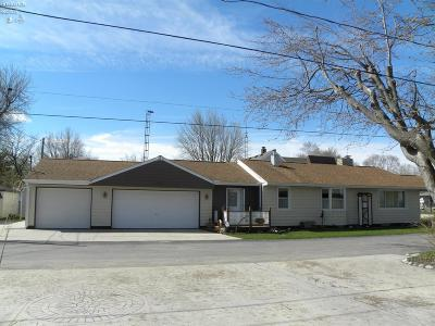 Oak Harbor Single Family Home For Sale: 9720 W Hollywood