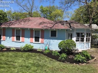 Lakeside Single Family Home For Sale: 461 Laurel Avenue