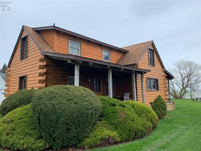 Put-In-Bay Single Family Home For Sale: 1492 Airline
