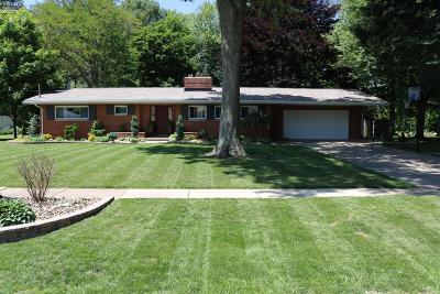 Norwalk Single Family Home For Sale: 39 Warren Drive