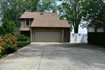 Vermilion Single Family Home For Sale: 4330 Edgewater Drive