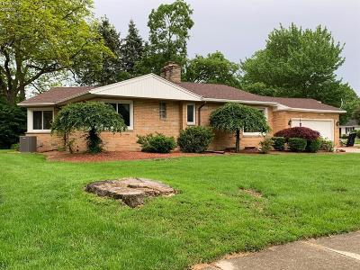 Norwalk Single Family Home For Sale: 7 Breezewood Drive
