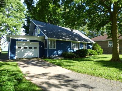 Put-In-Bay Single Family Home For Sale: 1762 Airline