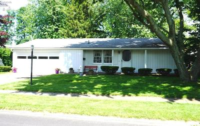 Huron OH Single Family Home For Sale: $139,900
