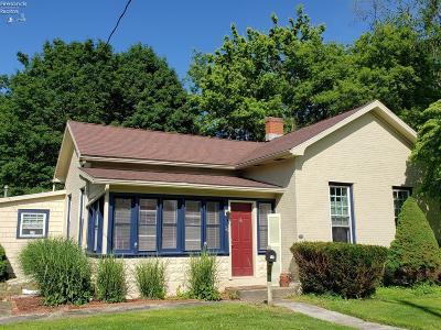 Norwalk Single Family Home For Sale: 36 N Pleasant Street