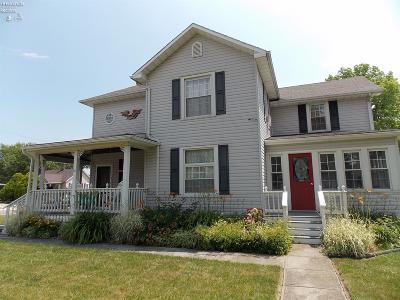 Port Clinton Single Family Home For Sale: 102 E 6th Street
