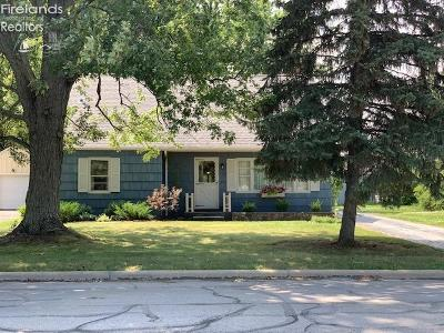 Oak Harbor Single Family Home For Sale: 159 Finke Road