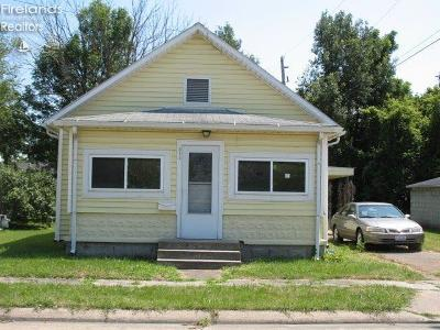 Port Clinton Single Family Home For Sale: 311 Elm Street