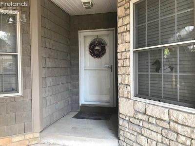 Vermilion Condo/Townhouse For Sale: 2808 Whispering Shores