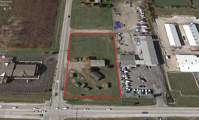 Port Clinton Commercial For Sale: 940 SE Catawba Road