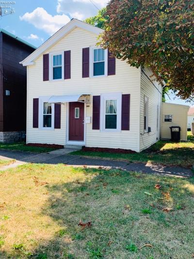 Sandusky Single Family Home For Sale: 930 Jefferson