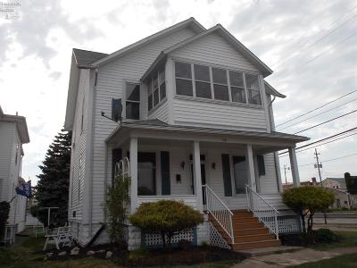 Port Clinton Multi Family Home For Sale: 218 Jefferson Street