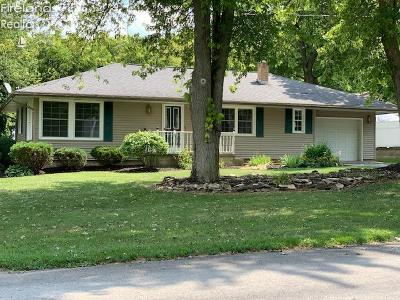 Marblehead OH Single Family Home For Sale: $185,000