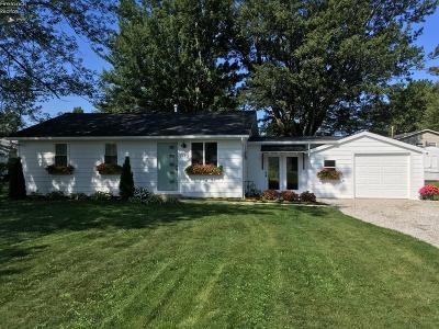 Vermilion Single Family Home For Sale: 1162 Adams