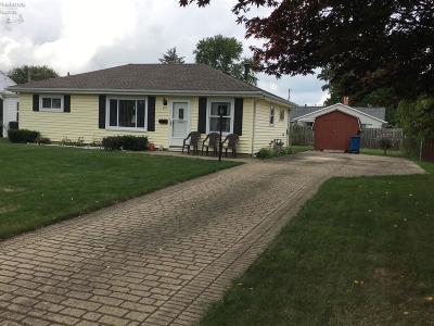 Sandusky Single Family Home For Sale: 811 Thorpe Drive