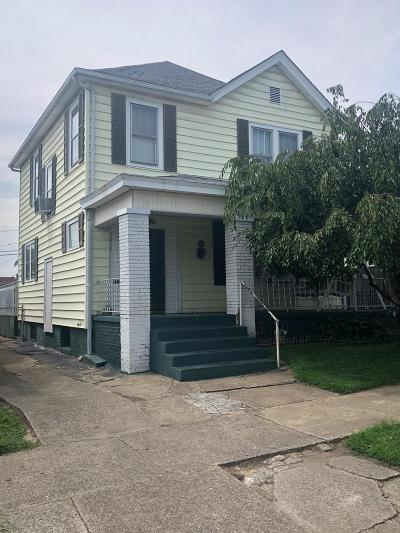 Single Family Home For Sale: 1317 Mound