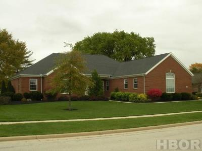 Fostoria Single Family Home For Sale: 1500 Fairway Dr