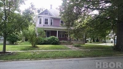 Fostoria OH Single Family Home For Sale: $24,000