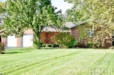 Findlay Single Family Home For Sale: 1614 Greenfield Drive