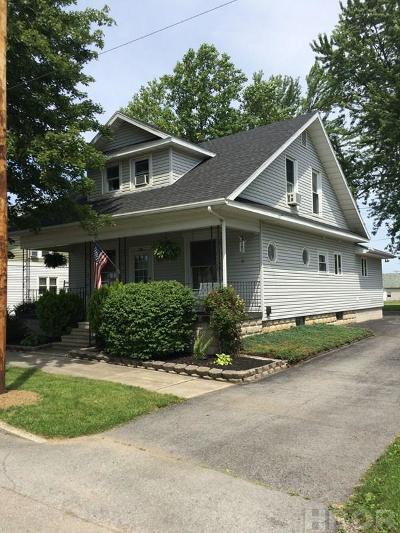 Arlington Single Family Home For Sale: 200 E Liberty St