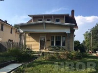 Fostoria Single Family Home For Sale: 800 W Tiffin