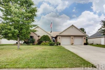 Findlay Single Family Home For Sale: 15744 Forest Ln