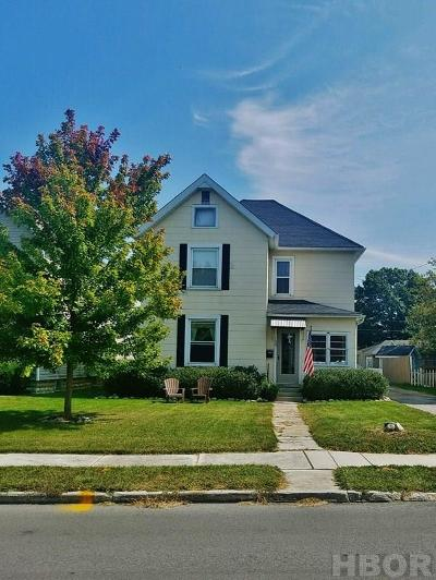 Tiffin Single Family Home For Sale: 133 Schonhardt