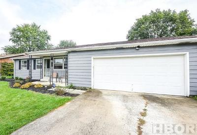 Fostoria Single Family Home For Sale: 206 Jeanette Dr
