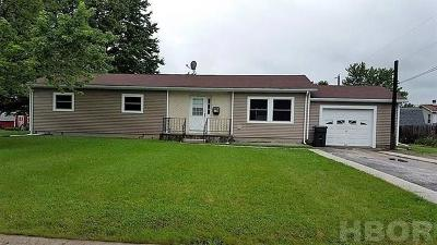 Fostoria Single Family Home For Sale: 1117 Lincoln Ave