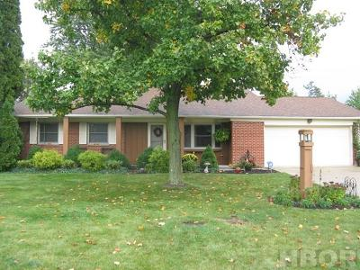 Fostoria Single Family Home For Sale: 204 Jeanette Dr.
