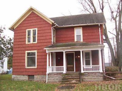 Fostoria Multi Family Home For Sale: 201 E High St