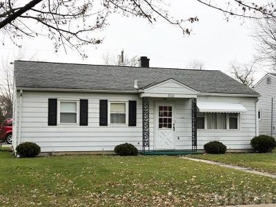 Fostoria Single Family Home For Sale: 800 Oaklawn