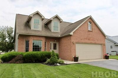 Fostoria Single Family Home For Sale: 1302 Wedgewood