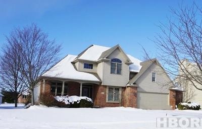 Findlay Single Family Home For Sale: 724 Parkview Dr