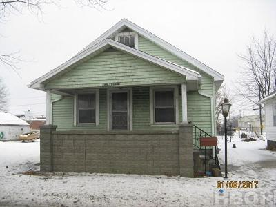 Fostoria Single Family Home For Sale: 220 E Lytle