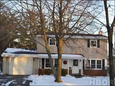 Findlay Single Family Home For Sale: 2637 Hollybrook Dr
