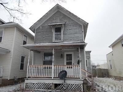 Single Family Home For Sale: 154 Hudson St