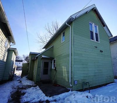 Fostoria Multi Family Home For Sale: 249 W North St