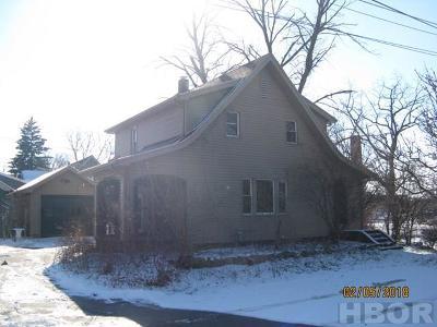 Fostoria Single Family Home For Sale: 707 W Park