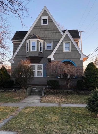Fostoria OH Single Family Home For Sale: $68,500