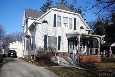 Fostoria Single Family Home For Sale: 929 N Main St.